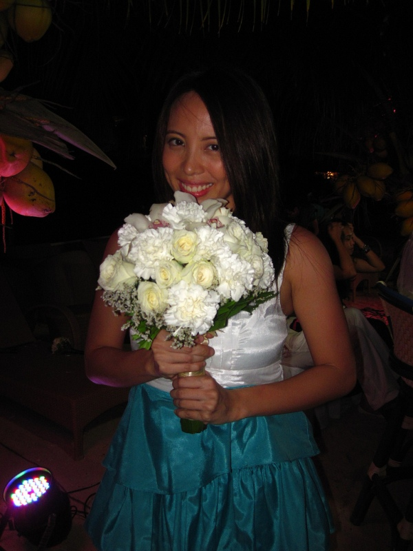 Trippin' to Bohol: I caught the bouquet